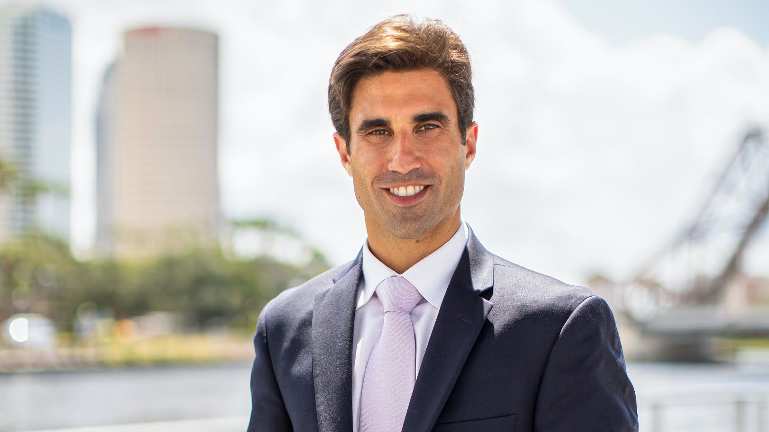 Dr. Demetri Arnaoutakis