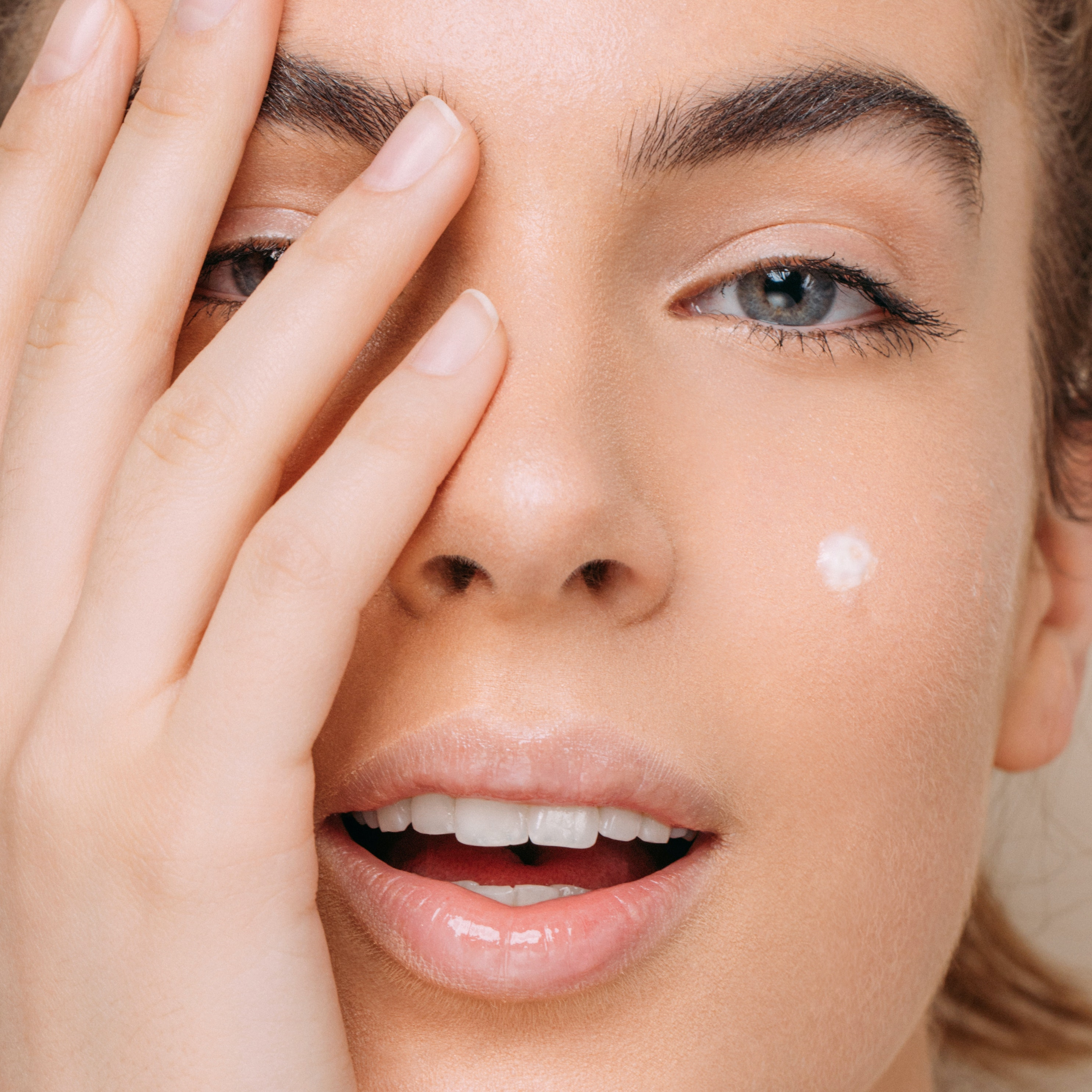 These Are the 6 Best Ways to Get Rid of Acne Scars, According to Dermatologists