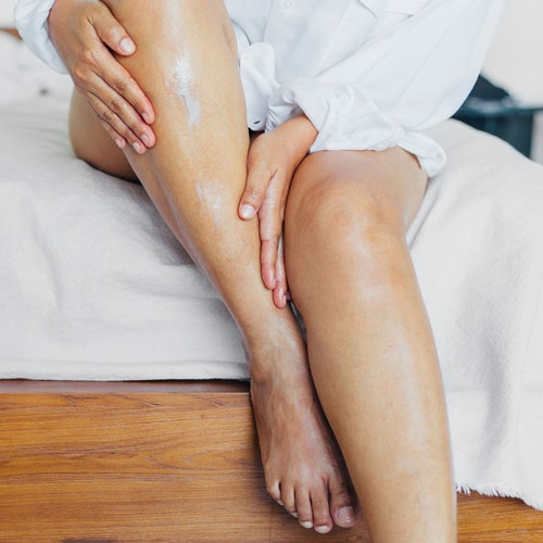 No, You Can't Cure Eczema, But You Can Treat It! Derms Weigh In With Their Methods