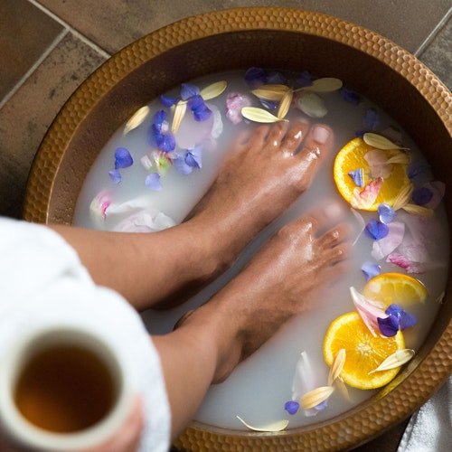 Floatation Chambers, Radiofrequency Facials, and More Dallas Spa Treatments You Can Book on Regi