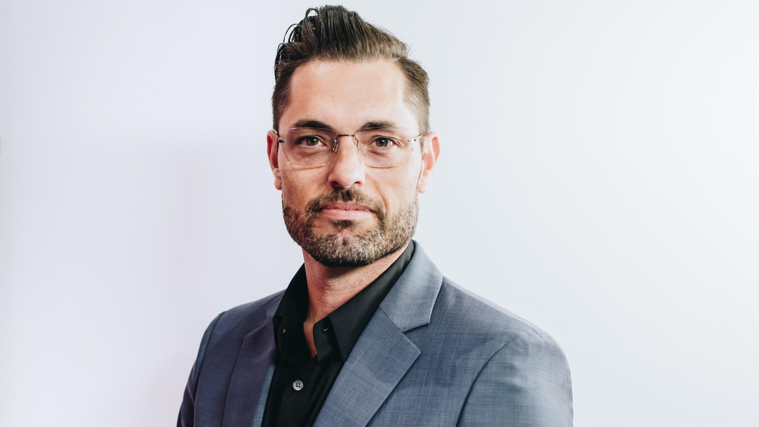 Dr. Justin Yovino