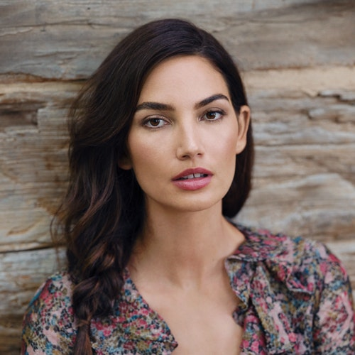 How to Fake Fuller Lips With Makeup, Plus More Life-Changing Tips From Model Lily Aldridge