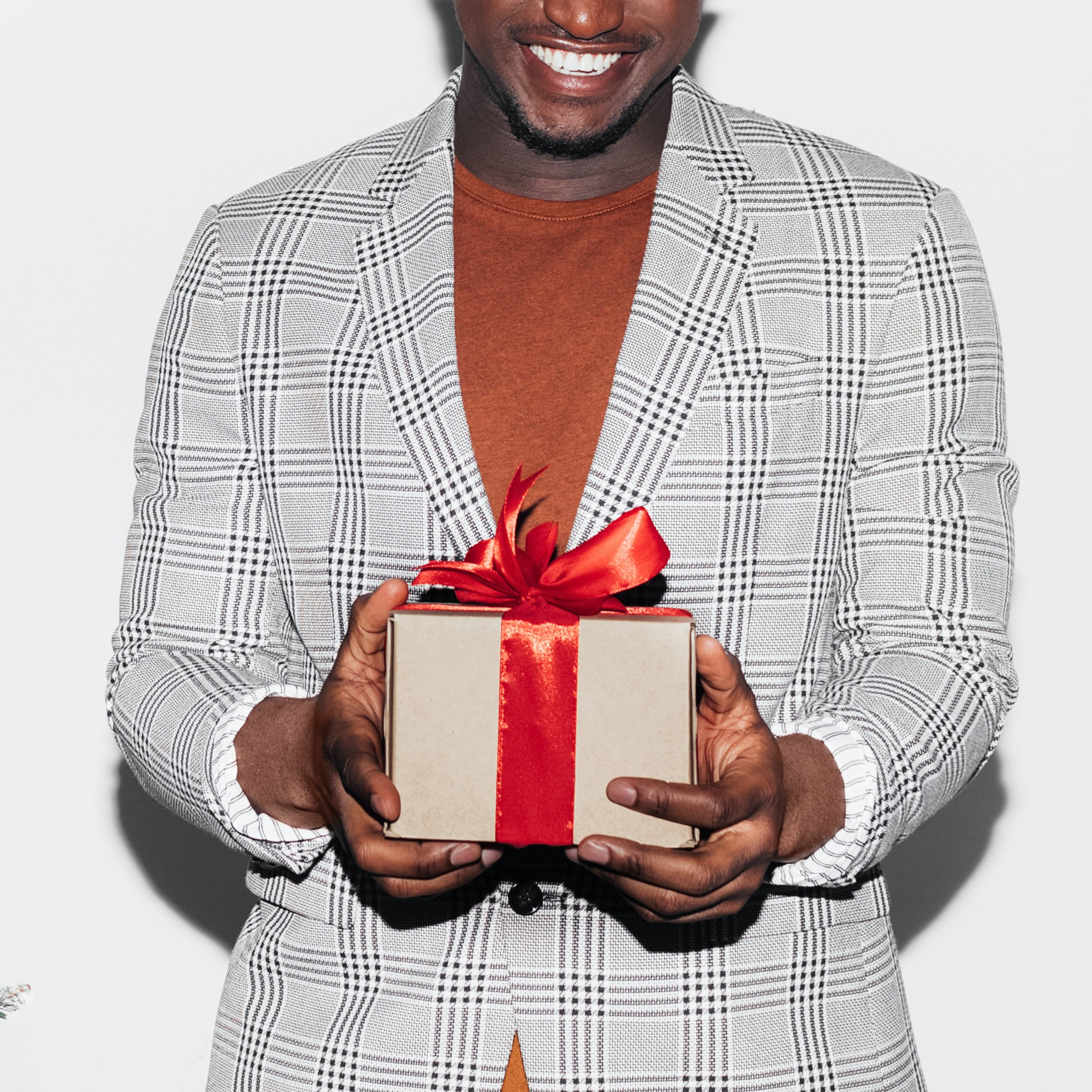 5 Treatments That Even the Pickiest Man Would Love to Receive For the Holidays