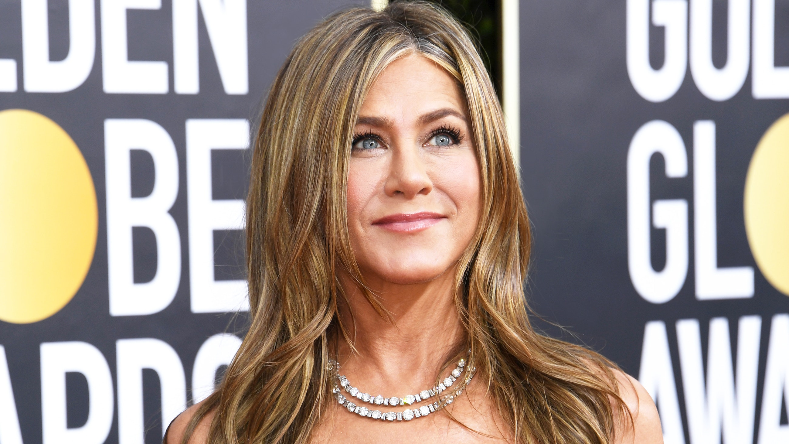 Jennifer Aniston Golden Globes beauty look 2020
