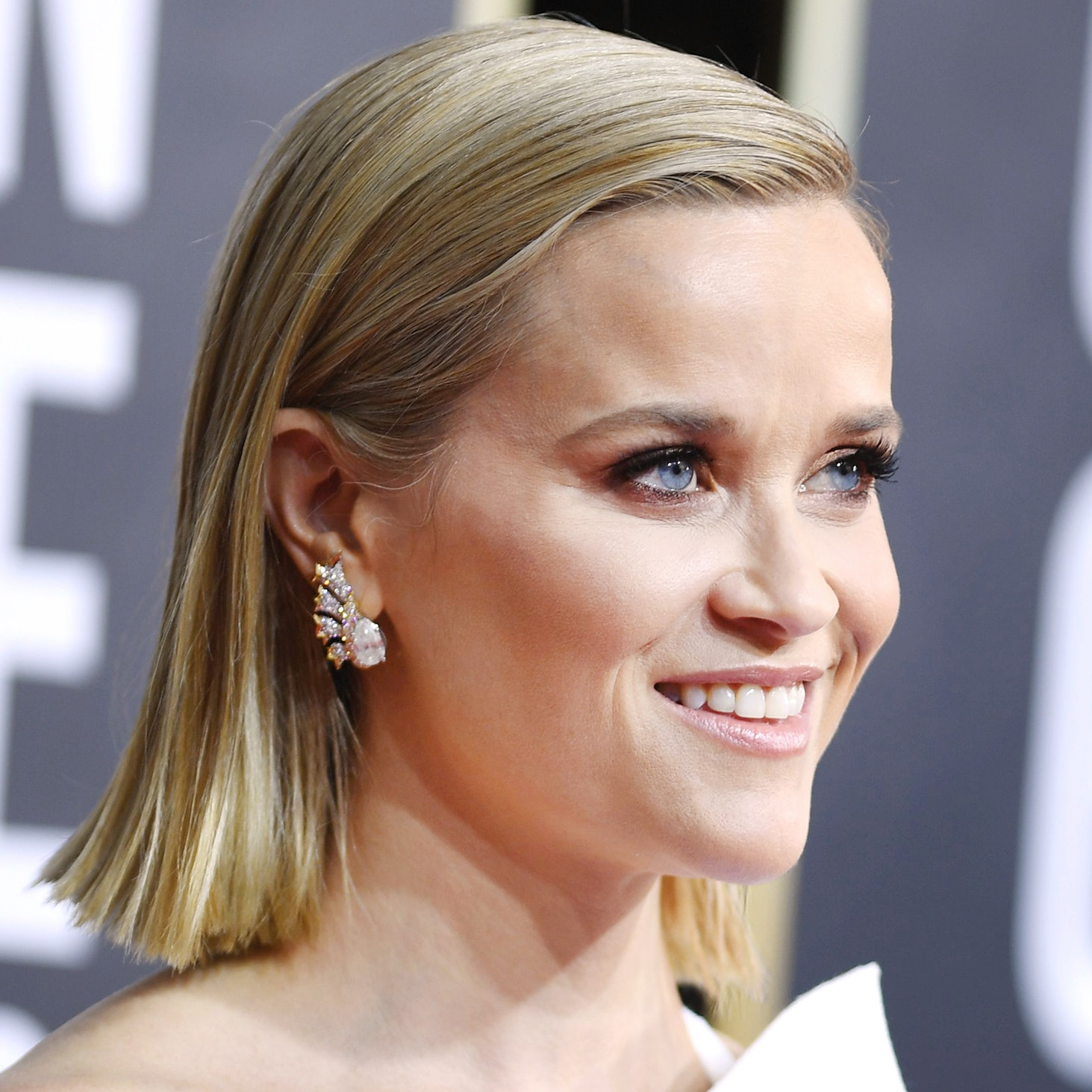 Reese Witherspoon's Golden Globes Eye Makeup Proves Brown Is the New Black