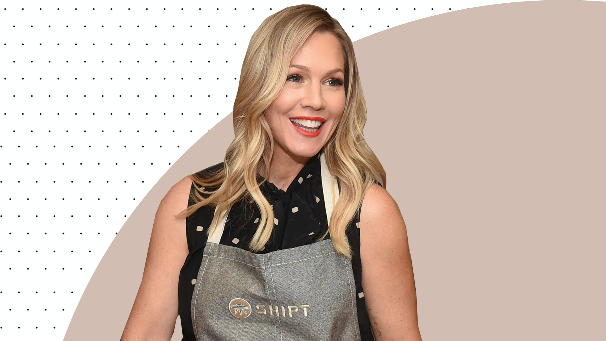 Actress Jennie Garth Shares Her Special DIY Face Mist For Fresh Skin at Age 47