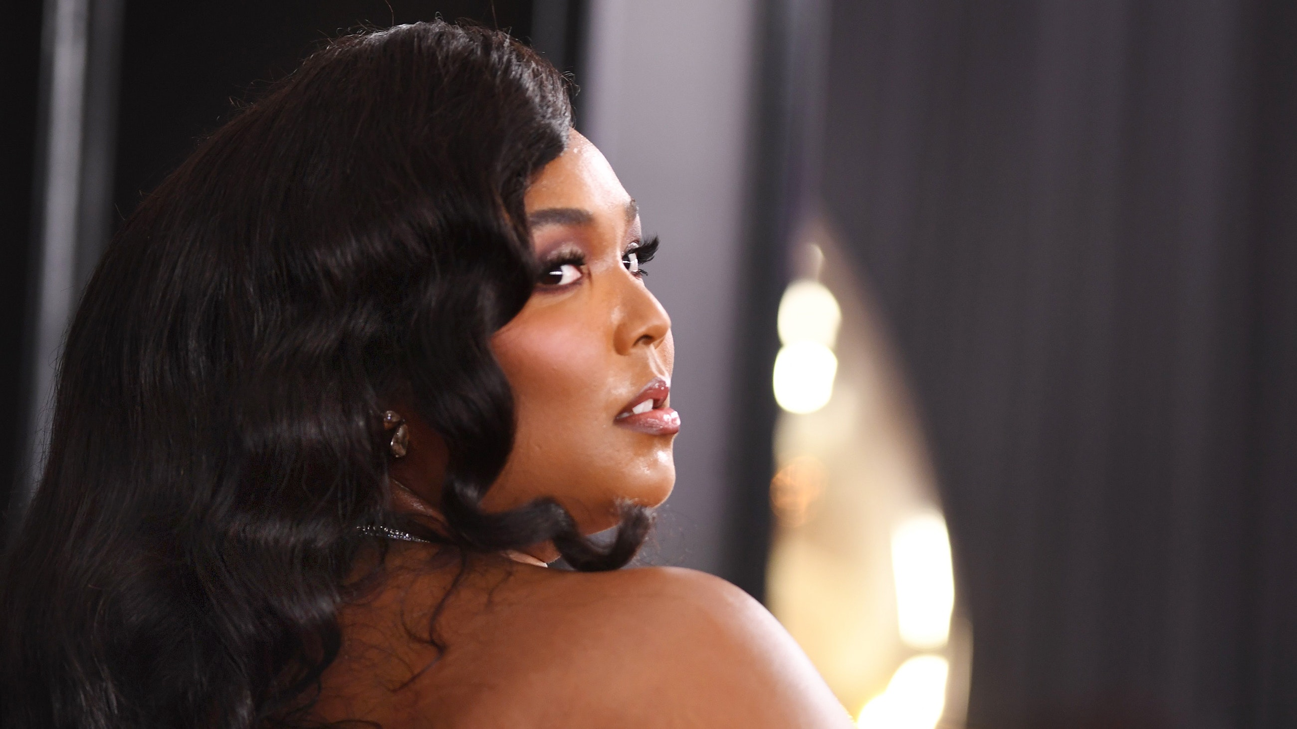 The Unexpected Way Lizzo Prepped Her Skin For the 2020 GRAMMYs