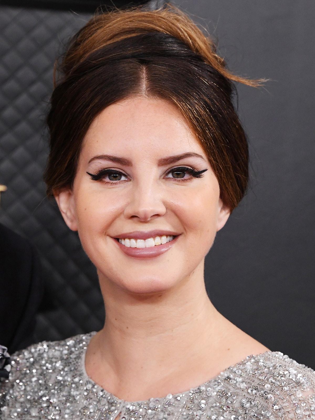 Lana Del Rey Best Beauty Looks GRAMMYs 2020