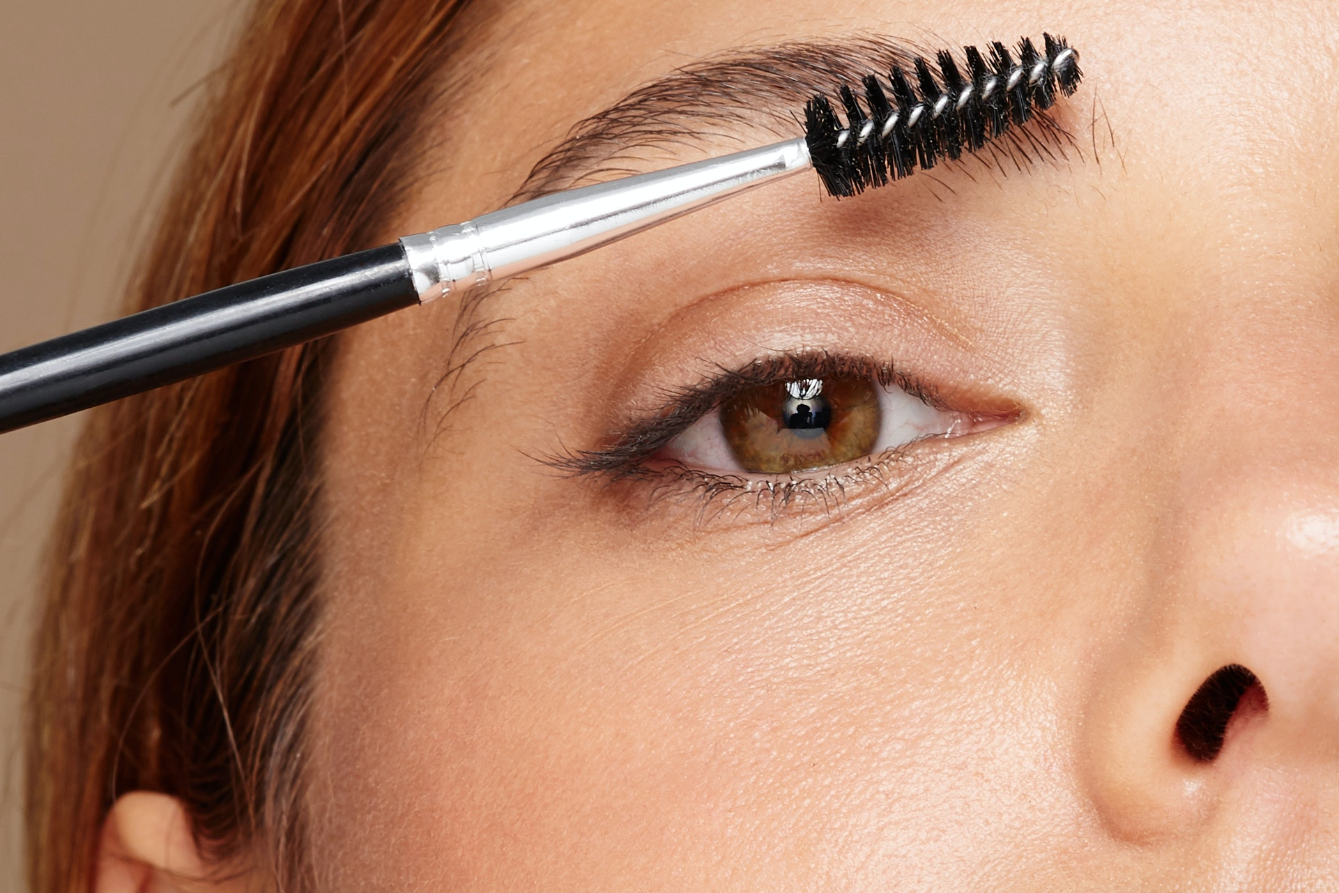 "How to ""Lift"" Your Brows at Home, According to Celebrity Brow Stylist Joey Healy"