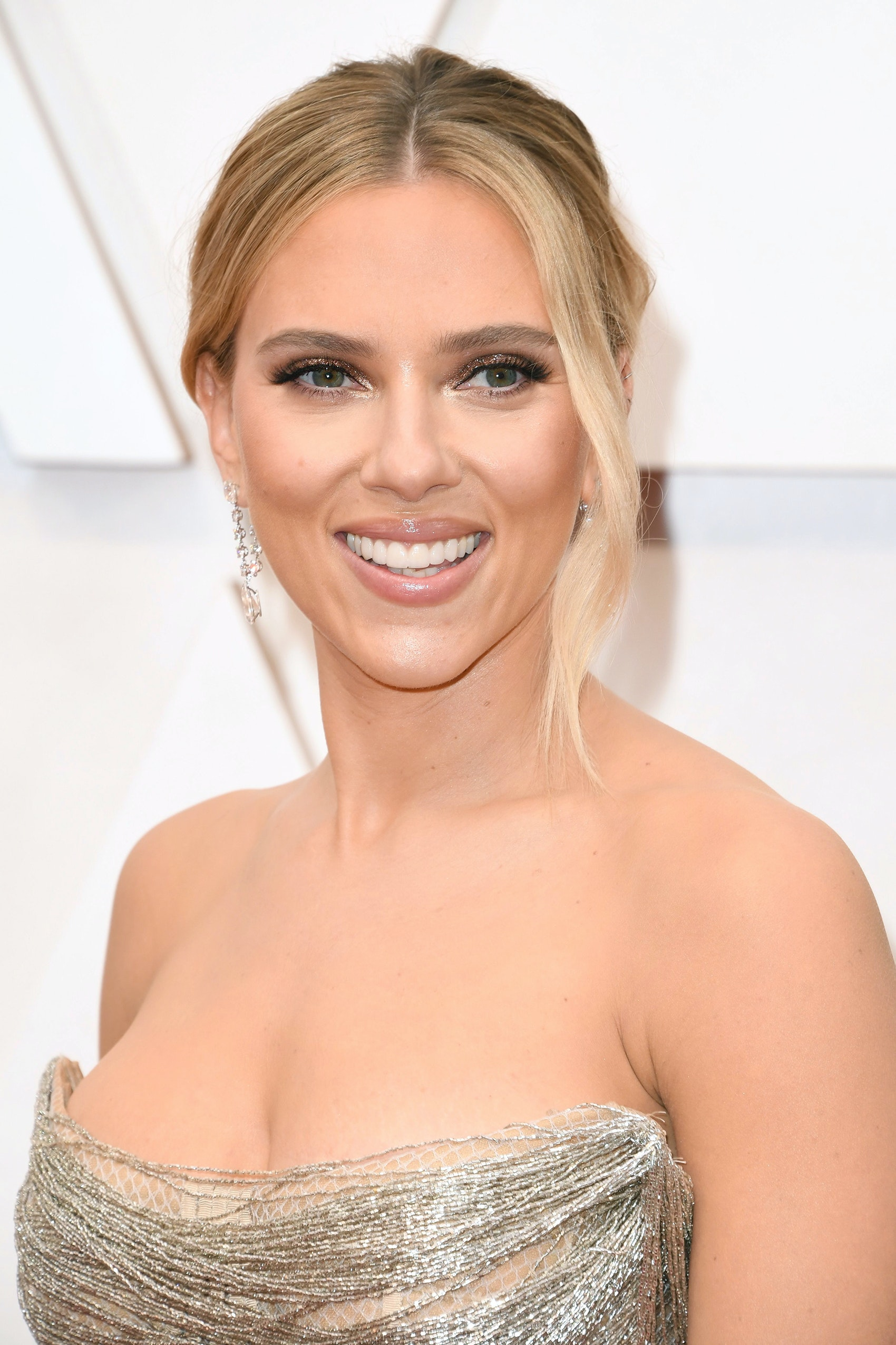 Scarlett Oscars 2020 beauty looks