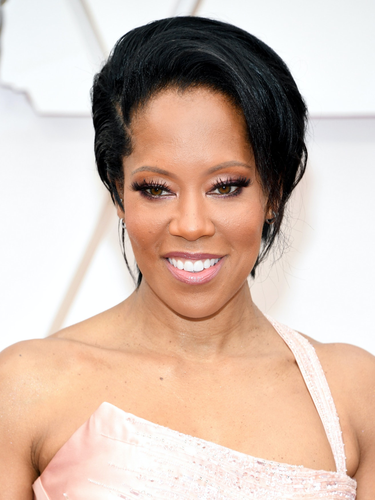 Regina King best looks over 45 oscars 2020