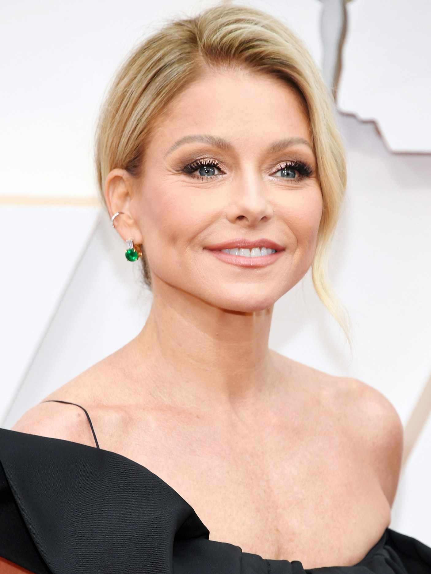 Kelly Rippa Oscars 2020 best looks women over 45
