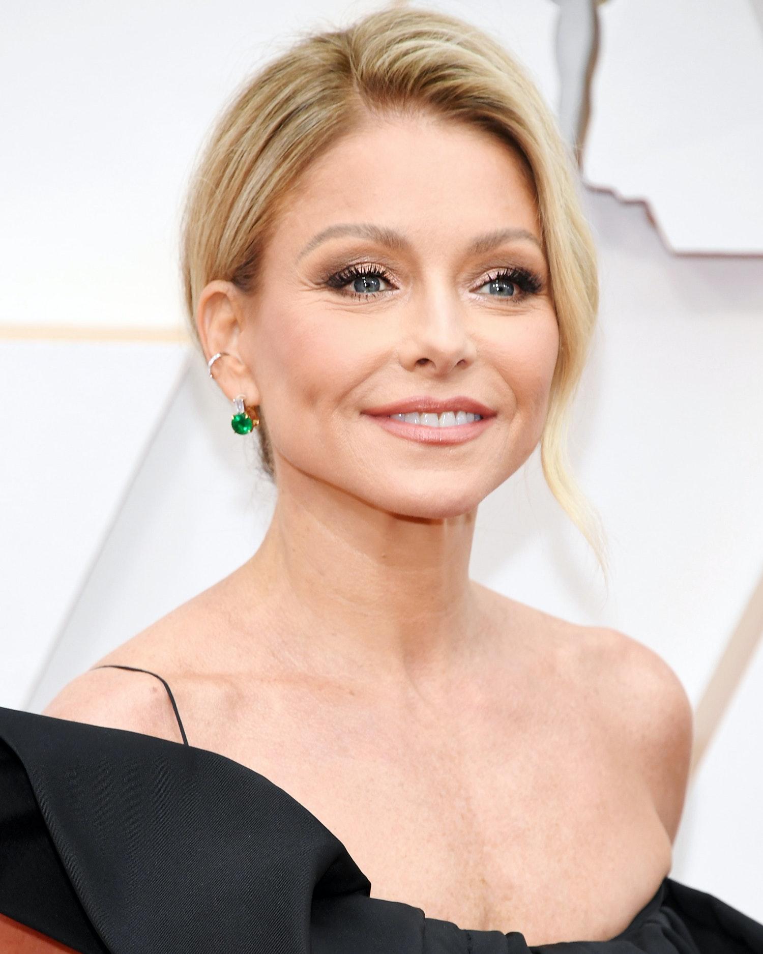 Kelly Rippa Oscars 2020 best looks women over 45