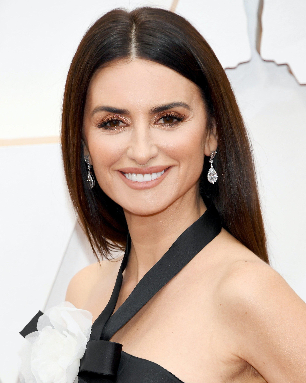 Penelope Cruz Oscars 2020 best looks women over 45