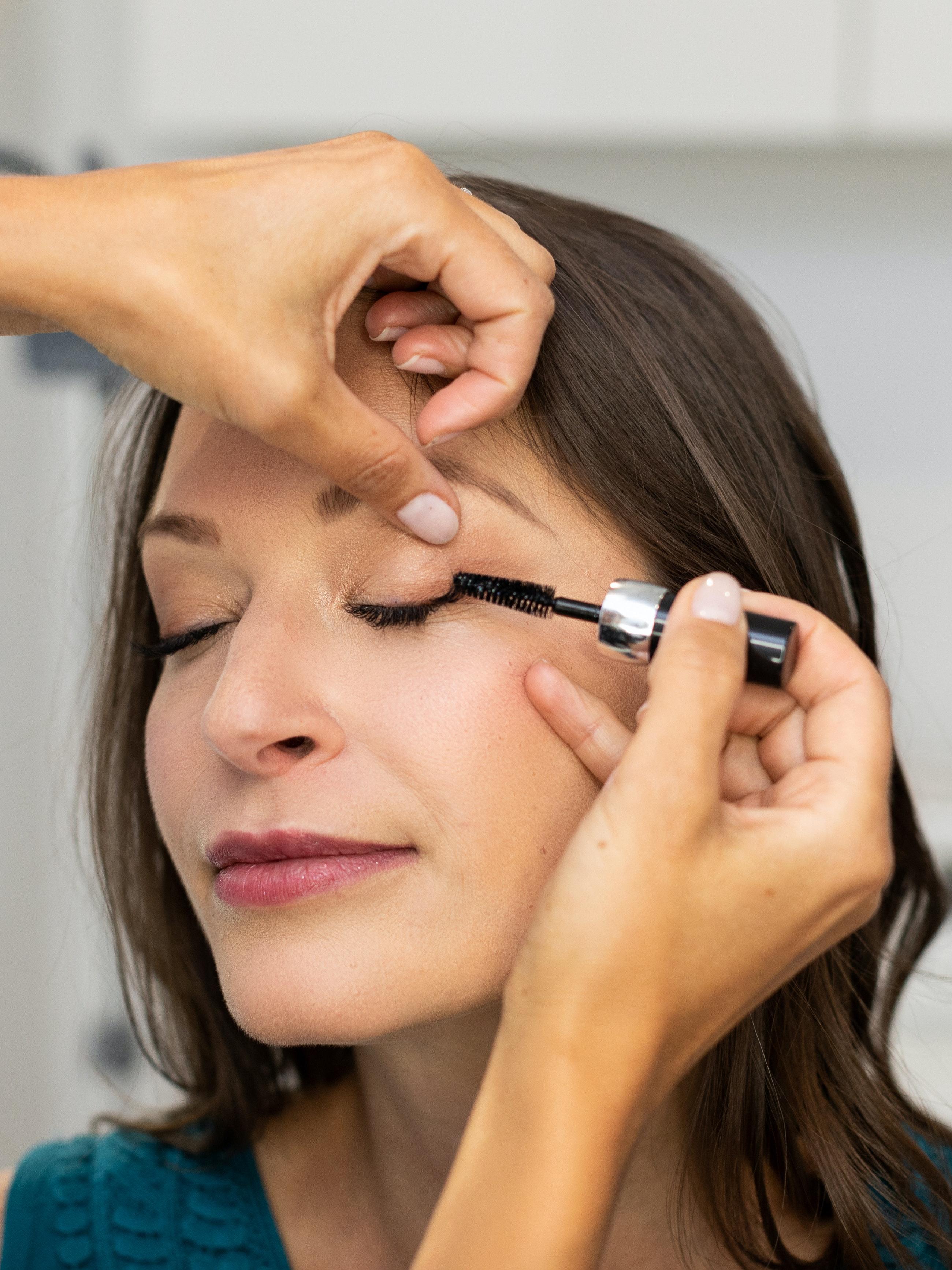 brushing out eyelash extensions