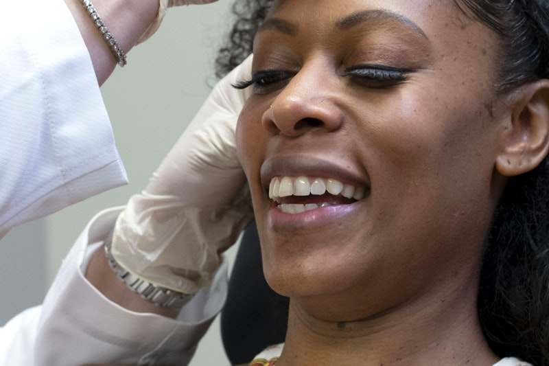 Watch This 30-Something Atlantan Get Injectables For the First Time