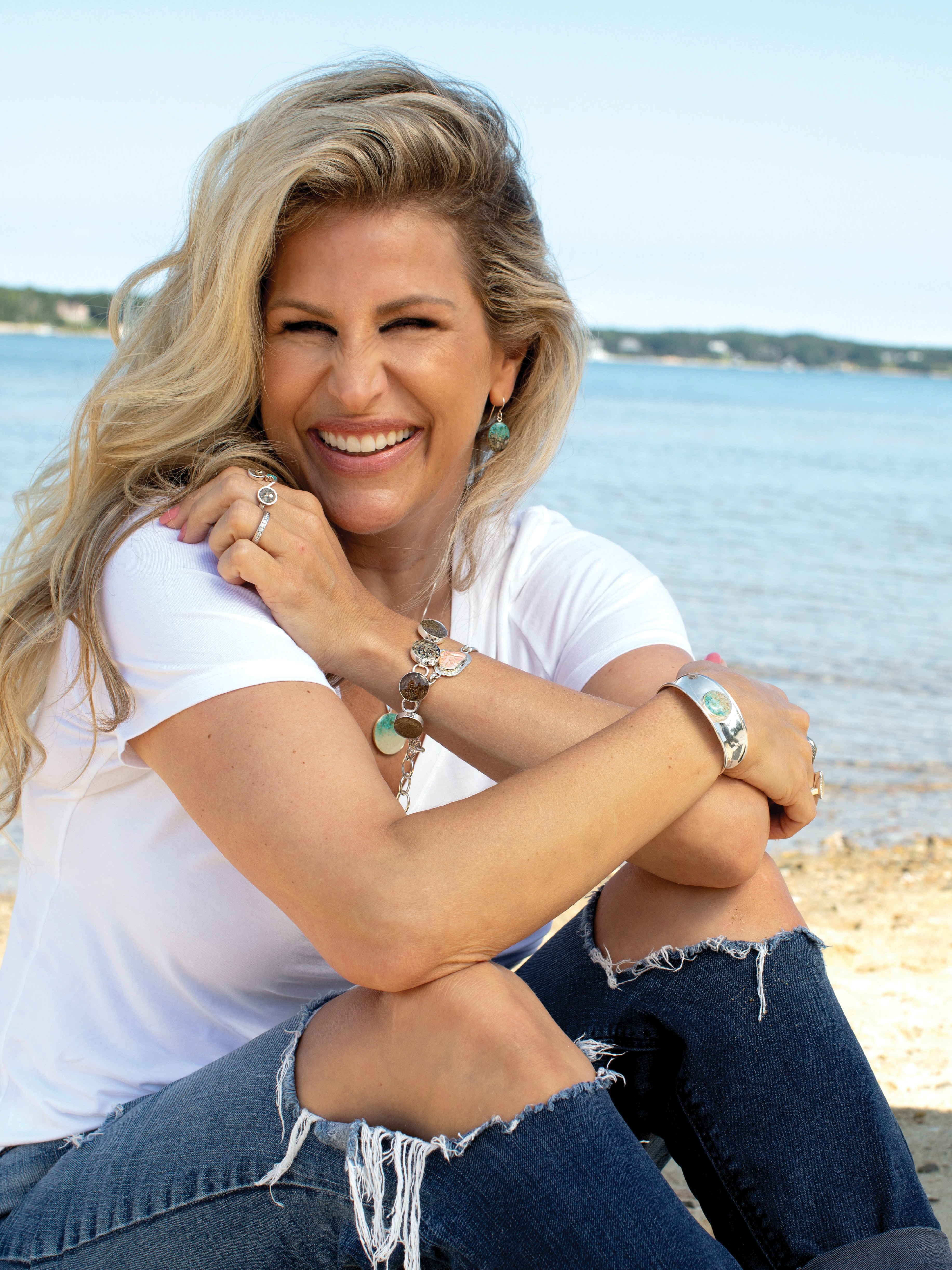 dune jewelry founder Holly Daniels Christensen sitting