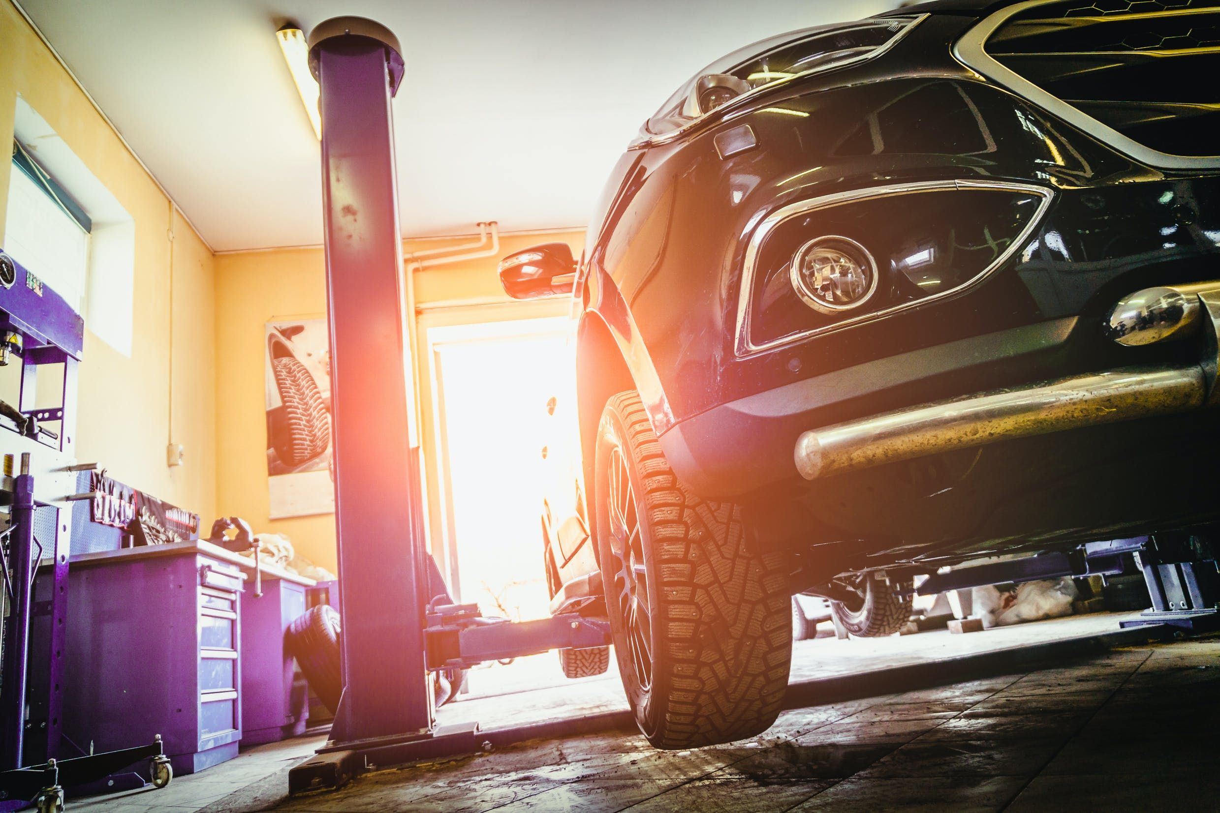 Expert Guide to Green Garages for Fleets