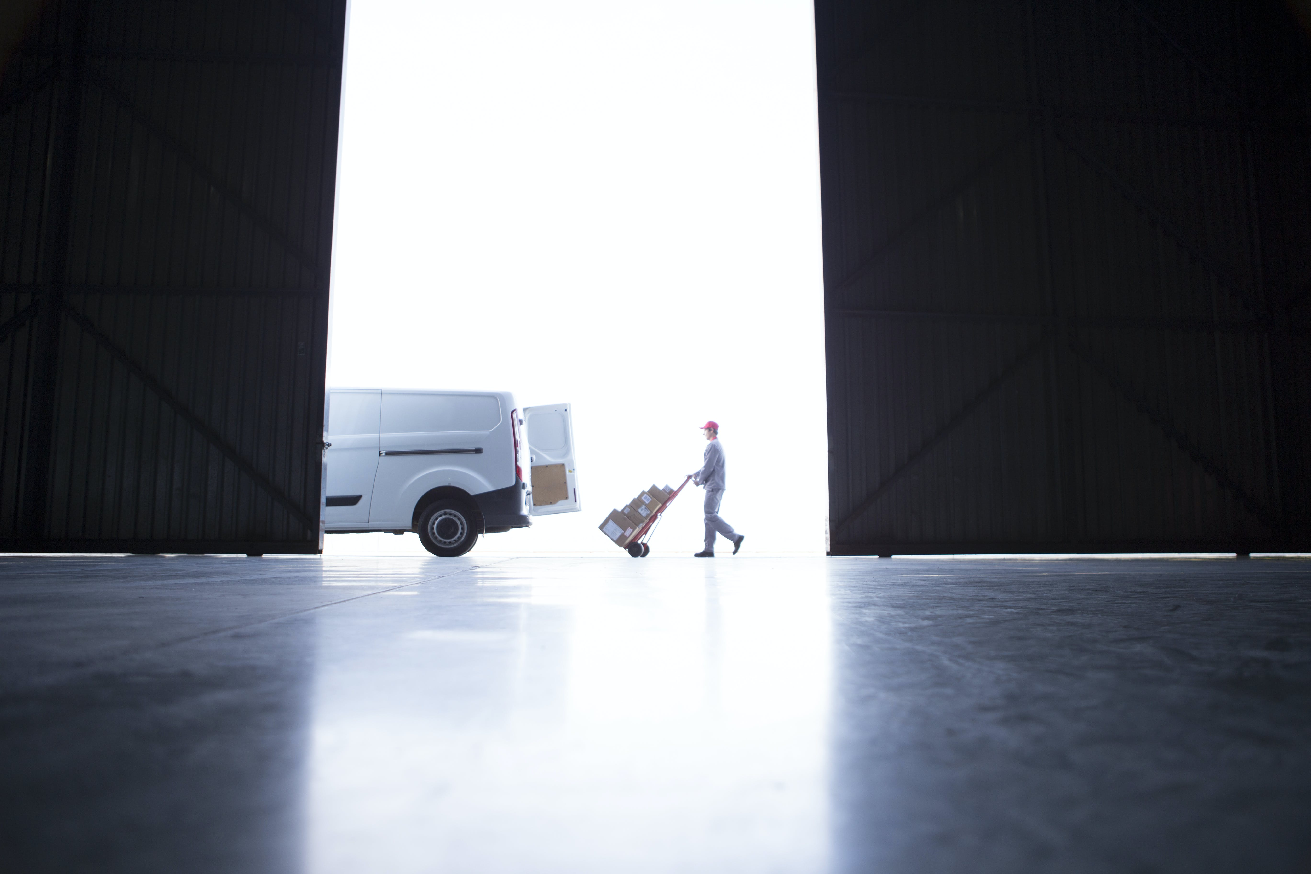 Last mile delivery: trends, insights and logistic planning