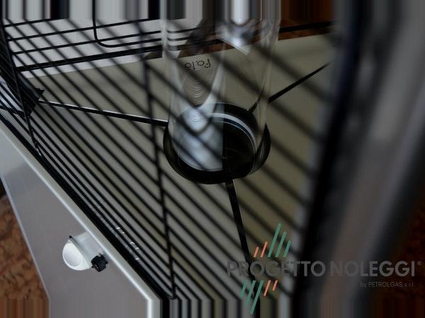 Un dettagglio del LuxyCalor Falò Evo, riscaldatore da esterni prodotto interamente in Italia.