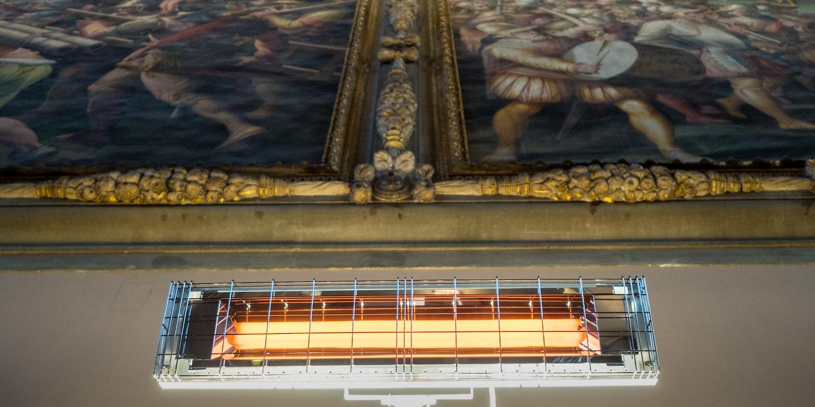 Lampada a raggi Infrarossi che Non Emette Luce - 100% Made in Italy