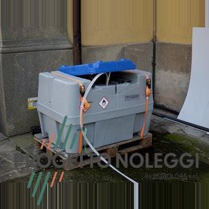 Progetto Noleggi offre cisterne leggere in polietilene per il trasporto di combustibili come Gasolio o Kerosene.