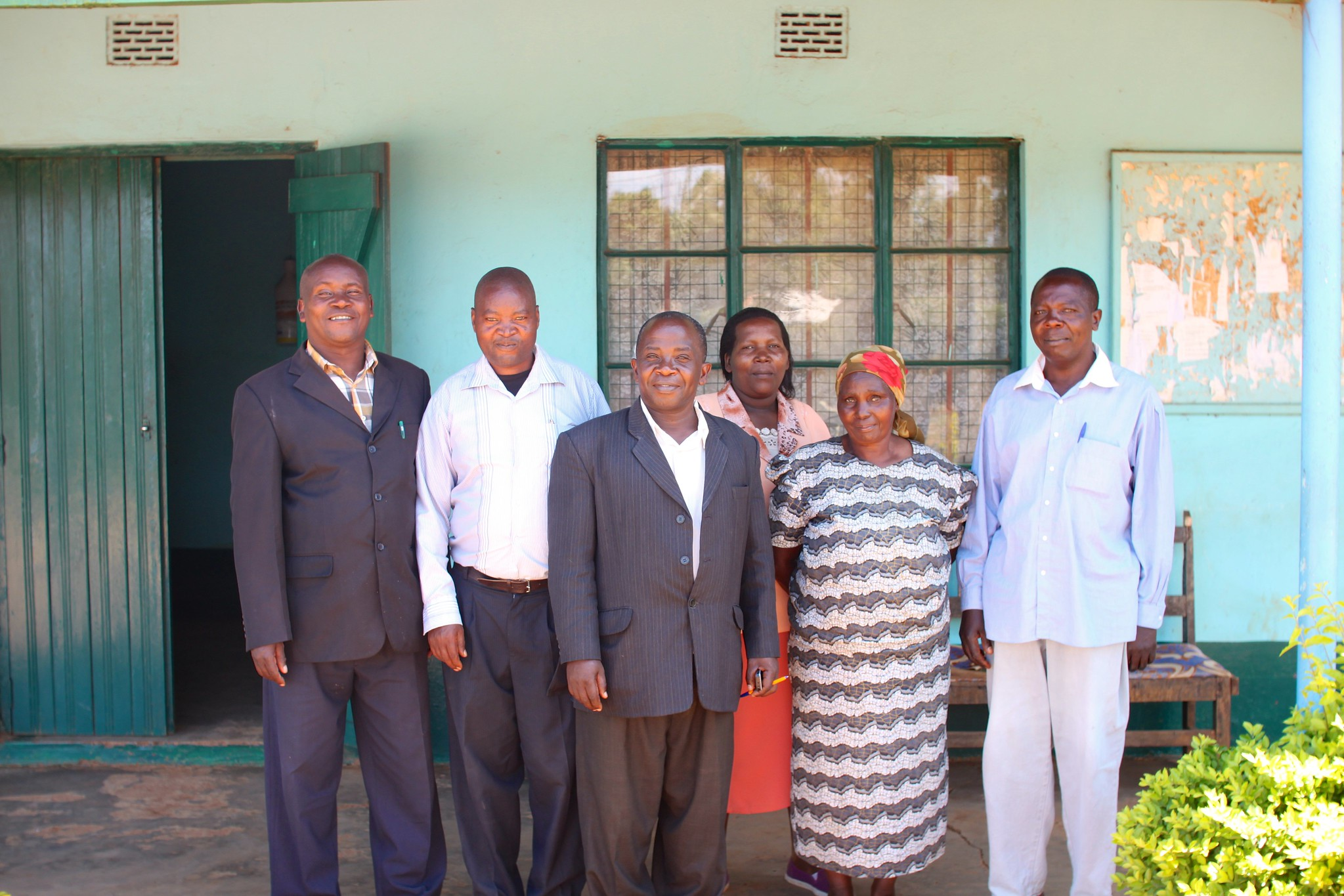 Murue chairman, Gituara factory chairman and other Murue staff