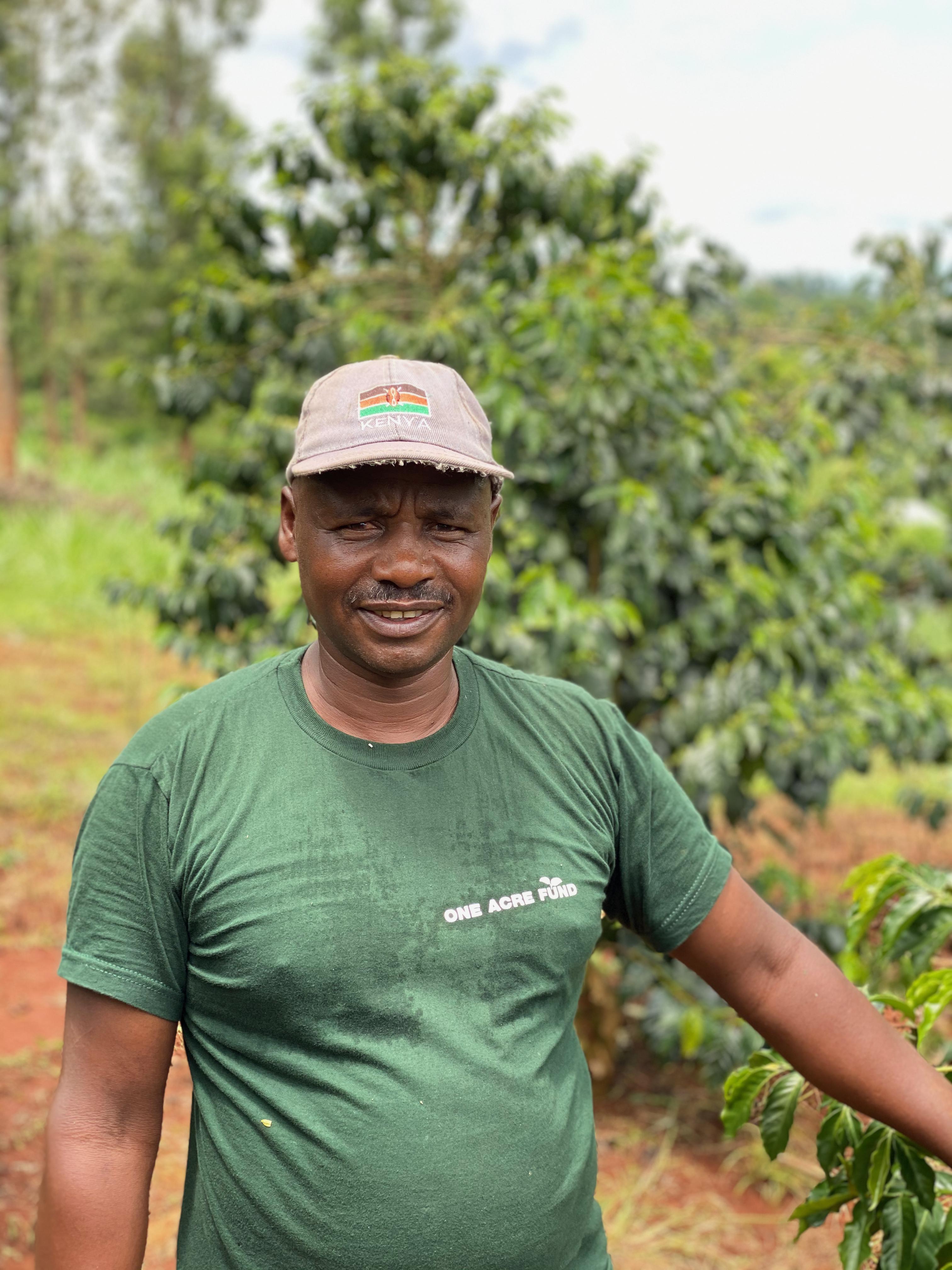 Joseph Ngari er blandt de Kieni farmere vi besøger hvert år