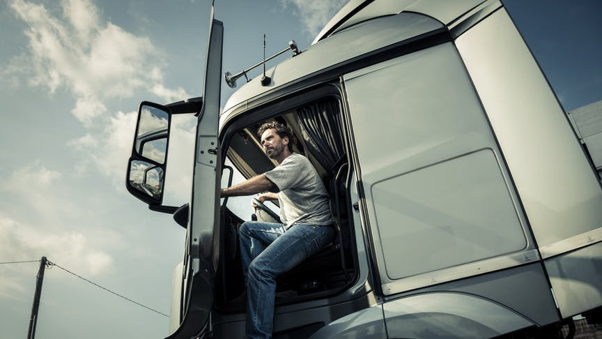 Nine Ways to Do Truck Fleet Management Smarter