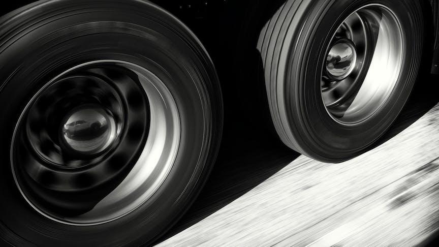 Top ten ways fleet drivers can use less fuel