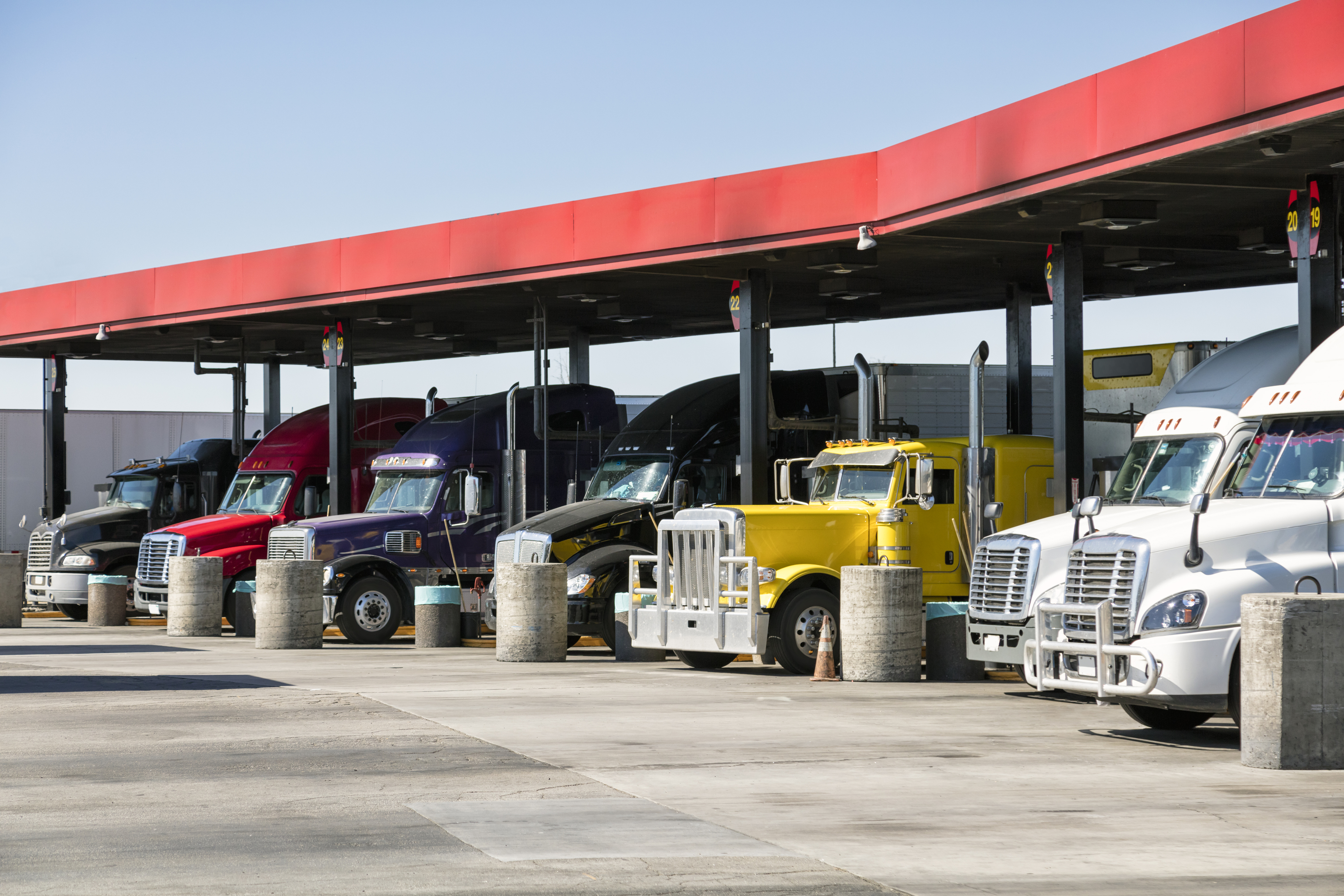 Fleet Management Tools Help You Reduce Fuel Costs