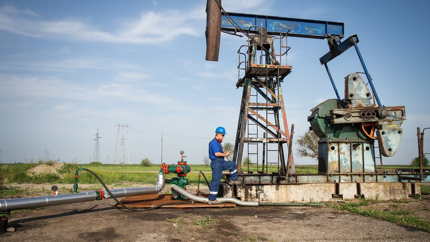 7 ways telematics is ideal for oil & gas fleets