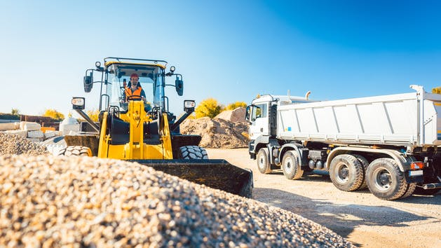 Contractors Improve Utilization with GPS Tracking